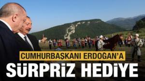 Şuşa'da Erdoğan'a dünyaca ünlü Karabağ atı hediye edildi
